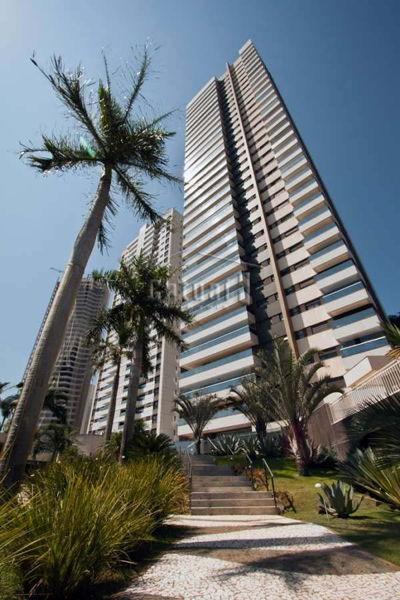Torre De Malaga Edifício