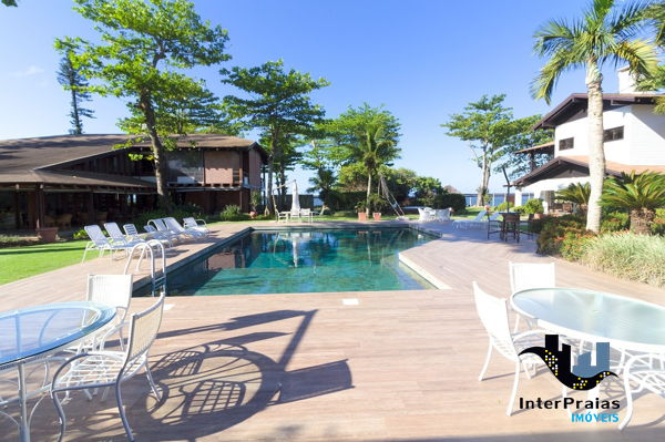Casa à venda  no Itapocoroi - Penha, SC. Imóveis