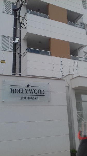 Ed Hollywood Royal Residence